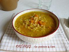 Zuppa di farro e zucca. Questa zuppa è veloce da fare ed è una vera coccola in queste fredde giornate invernali. E' piaciuta a tutta la mia famiglia. Ingred