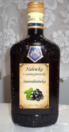 "Składniki: 3 kg. czarnej porzeczki 0.5 kg cukru 0,5 litra spirytusu (najlepszy staropolski z ""Polmos"" Białystok) 1 litr wódki Żoł... Fruit Recipes, Cooking Recipes, Christmas Food Gifts, Irish Cream, My Favorite Food, Whiskey Bottle, Food And Drink, Herbs, Entertaining"