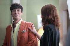 Lucia How do So Ji Sub and Gong Hyo Jin keep viewers giddy with their onscreen chemistry? They feed off of their offscreen rapport. Drama Film, Drama Movies, Gong Hyo Jin, Master's Sun, Touch Love, So Ji Sub, Korean Star, Actors & Actresses, Kdrama