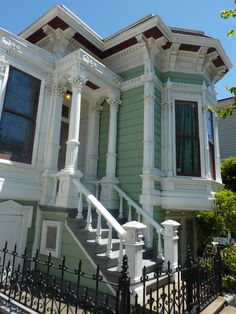 Single story Italianate in the Mission