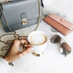 Mini Vienna x Continental Purse .... @emily_luciano & her #FlorianLondon pieces! Don't forget to enter our competition to win your own 'continental wallet' #florianlondoner #myflorianlondonwallet #ootd #musthave