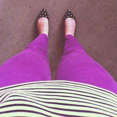 purple pants and polka dot shoes Teacher Fashion, College Fashion, Spring Summer Fashion, Autumn Winter Fashion, Autumn Fashion, I Love Fashion, Passion For Fashion, Women's Fashion, Purple Pants