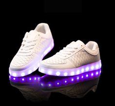 Haut-dessus de Chaussures 7 Couleur LED Sport Respirant Sneakers USB de Recharge Chaussures Homme Femme Couples LED Sneaker dxusIna7w