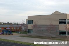 Forest Heights school - Portland, Oregon. Walking Paths, Common Area, Portland Oregon, The Neighbourhood, Multi Story Building, Construction, California, School, Building
