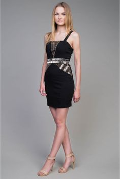 Postaw na detal  #depare #dress #sukienka #mini #czarna #black #date
