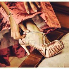 ddc458482efa Scarpe sposa Ferracuti  scarpesposa  wedding  bridal  swarovski  sposine   scarpe  matrimoni