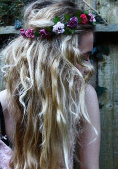 t0nny-in-flow3rland:  chanel-fairy:  crystal-shade:  demon-daisies:  ✿  soft grunge & vintage models ☯  ✖✖✖  ✿Soft Grunge & Floral ...