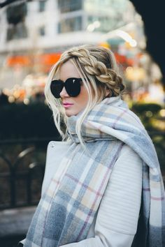 Barefoot Blonde looked so cute and cozy in a muted plaid scarf and pale grey coat.