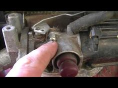Fix Lawn Mower 506232814336473092 - How To Adjust The Engine Speed On A Tecumseh Lawnmower Engine Source by Diy Projects Engineering, Tractor Mower, Lawn Tractors, Chainsaw Repair, Lawn Mower Repair, Lawn Equipment, Engine Repair, Landscape Fabric, Gasoline Engine
