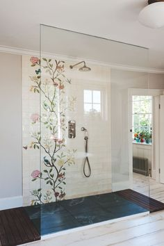 chinoiserie-tile-shower-glass-door-michelle-mckenna-uk