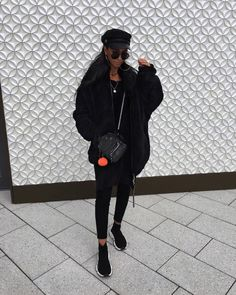 "6,372 mentions J'aime, 38 commentaires - Kim Duong | Germany-Stuttgart (@blvckd0pe) sur Instagram : ""All black fall fit ⚫️"""