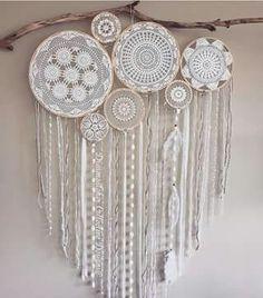 Crochet Stitches Patterns, Stitch Patterns, Doily Dream Catchers, Doilies, Diy Home Decor, Shabby Chic, Wall, Anime, Crochet Mandala
