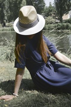 Chic en vintage #robevintage #dress #robedecoctail #tenuedujour #lookdujour #bohochic #ootd #robe #robe courte #robepatineuse #chic