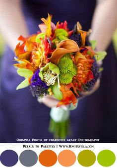 Fall Wedding Bouquets: 10 Colorful Bouquets for your Fall Wedding - KnotsVilla