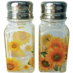 Love for my sunflower kitchen.