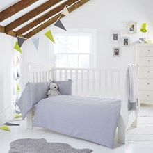 Discover the Clair de Lune Waffle Cot/Cot Bed Quilt and Bumper bedding set for your precious little one. In neutral grey, breathable cotton it's the perfect purchase for your new arrival. Made with love in the UK.