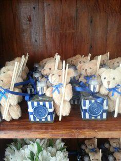 Difusor de Ambiente com Ursinhos, muito fofo para presentear no Chá de Bebe ou na Maternidade. vanessadellaqua@gmail.com