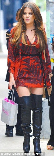 Khloe Kardashian I WANT THOSE BOOTS NOWWWWW