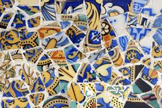 Detail of Banc de Trencadis,Barcelona   A curved tile bench on sal Hipostila,Parc Guell,designed by Antoni Gaudi. Photo: Lonely Planet website.