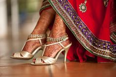 Cute color combo, purple and red, Beautiful Indian #Brides