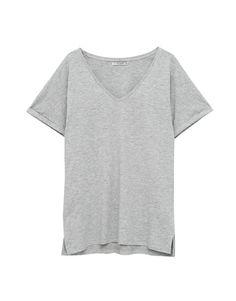 Базовая футболка с V-образным вырезом - Футболки - Одежда - Для Женщин - PULL&BEAR Российская Федерация