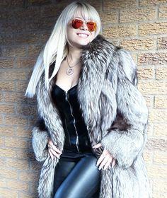 Unisex Silver Saga Fox Fur Coat Size L XL Absolutely Gorgeous   eBay