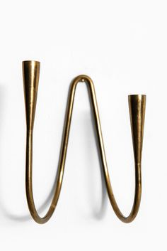 Carl Auböck wall hanged candlestick in brass at Studio Schalling Wood Router, Wood Lathe, Cnc Router, Modern Contemporary, Modern Design, Residential Interior Design, Scroll Saw Patterns, Wooden Bowls, Air Dry Clay