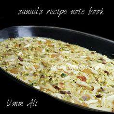 Umm Ali (Arabic Dessert) More sweets recipes Egyptian Desserts, Egyptian Food, Indian Desserts, Entree Recipes, Milk Recipes, Sweets Recipes, Cooking Recipes, Jelly Recipes, Yummy Recipes
