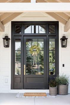 Front Door Design, Front Door Decor, House Door Design, Glass Front Door, Modern Farmhouse Exterior, Farmhouse Front Doors, House Doors, Porch Doors, House Windows