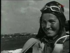 День авиации - 18 августа 1935 год. . Воздушный парад в Тушино под Москв...
