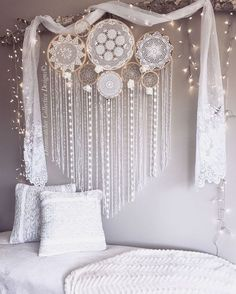 Cool 88 Awesome Wall Murals Ideas for Various Spaces. More at http://www.88homedecor.com/2017/12/01/88-awesome-wall-murals-ideas-various-spaces/ #AwesomeArt