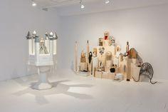 Pour sa nouvelle production,  Voeux , exposée jusqu'au 27 février au centre d'art CIRCA, Marie-Claude Bouthillier s'est inspirée de l'univers des couvents. Sa...