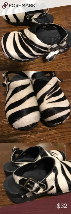 Sanita danish design clogs zebra print hair Gorgeous clogs great condition Sanita Shoes