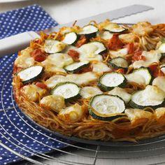 Spaghettipizza mit Mozzarella