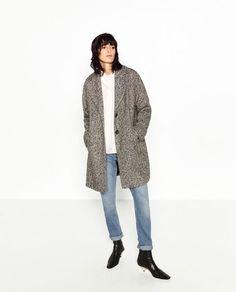 Image 1 of BOUCLÉ COAT from Zara
