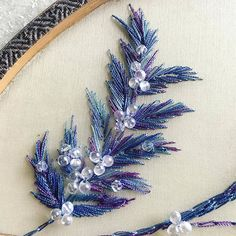 Jiaran Studio Tambour Embroidery, Couture Embroidery, Silk Ribbon Embroidery, Hand Embroidery Designs, Embroidery Applique, Cross Stitch Embroidery, Embroidery Patterns, Arte Fashion, Brazilian Embroidery