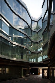 Office building in Calle Alfonso Gomez by Samuel Torres de Carvalho and Pedro Palmero Cabezas - Dezeen