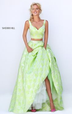 #50200 Sherri Hill