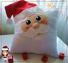Almofada noel Noel Christmas, Christmas Crafts, Xmas, Textiles, Decorating Your Home, Fabric Crafts, Cushions, Throw Pillows, Artist