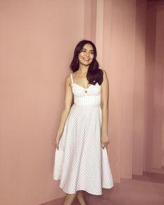 Kathryn Bernardo, Selena Gomez Adidas, Filipina Actress, Daniel Padilla, Photo Tips, Asian Beauty, Dress Skirt, Stylists, White Dress