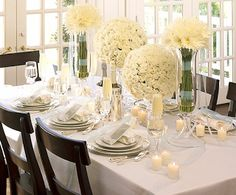 Elegant white table setting Bridal Shower Tables, Wedding Shower Decorations, Party Table Decorations, Bridal Shower Party, Decoration Table, Table Centerpieces, Wedding Showers, Bridal Table, Bridal Luncheon