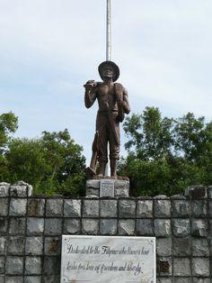 Corregidor- Statue of Filipino soldier/farmer