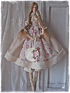 Tilda doll Dora Fabric Handmade doll Country style Fabric Primitive doll OOAK doll Collectible doll Home decor Gift for her This handmade tiny doll is my interpretation of a Tilda doll pattern. The doll is wearing a gingham dress with puffed sleeves. She is tall approximately 47