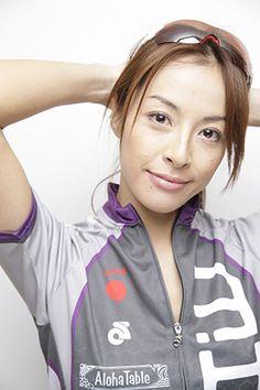 アイアンマン・ジャパンに向けau損保がチーム「あうて」結成 女性3人でリレーに出場へ - cyclist
