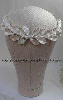 Tocados de novia. Joyería Cerámica. Flores de porcelana.: TOCADOS DE PORCELANA (cerámica de Manises)