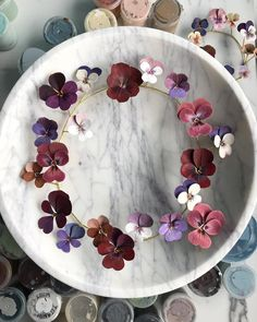 White marble and paper pansies🌞  .  .  #woodlucker #annwood #dsfloral #dsrainbow #allthingsbotanical #underthefloralspell #aquietstyle #ihavethisthingwithflowers #inspiredbypetals #curated_nature #ccseasonal #thatauthenticfeeling #botanicalpickmeup #antiques #antiques_r_us #floraandfauna #paperflowers #paperartist #calledtobecreative #foreverfaffing #strictlypaperart #paperlicious #artisticmoods #plantlady #beautyyouseek #thatvelvetfeeling #byarrangement #floralfix #artisticmoods