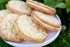 Kokosflarn med smörkräm   Hannas bageri