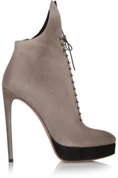 Corks….! Awesome Alaia shoes on sale @theoutnet