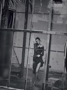 Peter Lindbergh | MariaCarla Boscono, Vogue Italia | Clare Richardson, Valentin, Stéphane Marais, Brenda Abrial, Jean Hugues de Chatillon