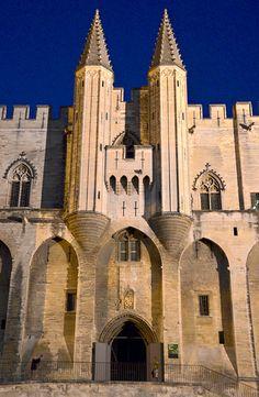 Palais des Papes (Popes Palace) - Avignon, Vaucluse, France. http://www.fasthotel.com/provence-alpes-cote-azur/hotel-avignon-le-pontet